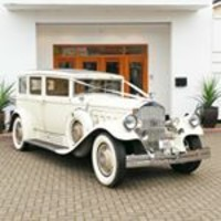 Arrow Vintage Wedding Cars